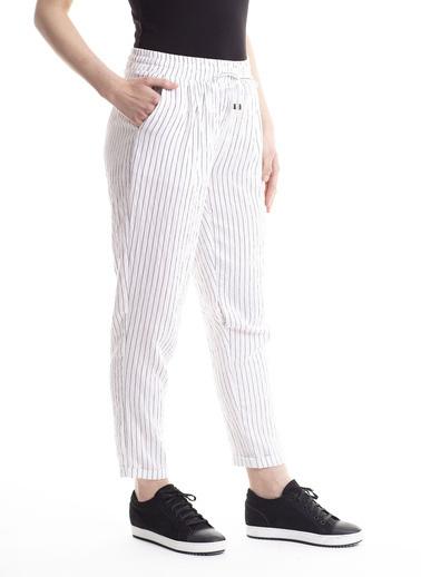 Stamina Bağcıklı Çizgili Pantolon Beyaz